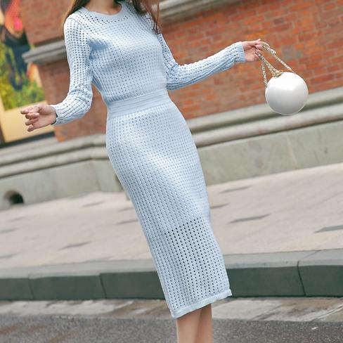 今秋流行打底裙+高跟鞋+小外套,十足女人味
