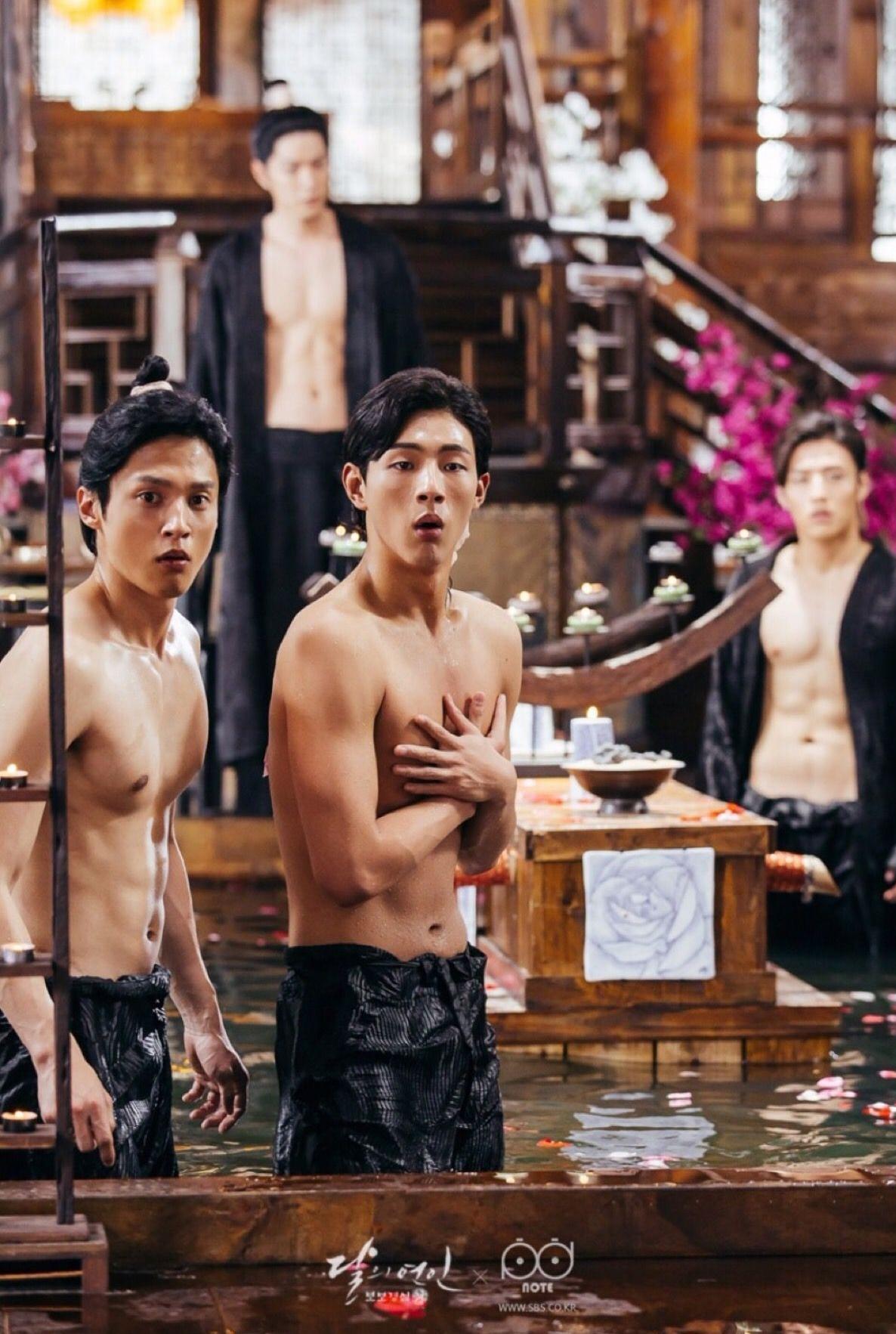 男男戏水,韩版《步步惊心》这画风好像打开了太子妃