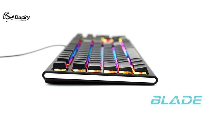 Ducky首发Cherry MX Low Profile RGB轴键盘,高度减少35%