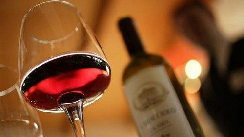 你了解红酒吗?你知道红酒瓶的秘密吗?