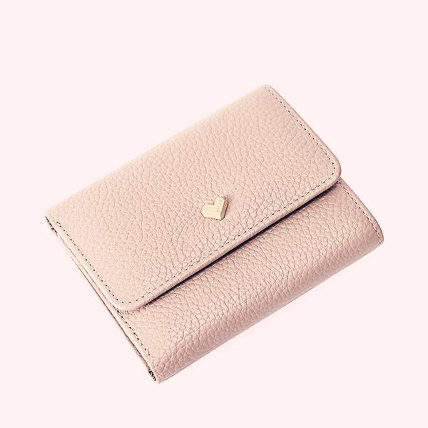最新时尚女钱包,女士手上的美丽,小小女钱包给主人大大的长气派